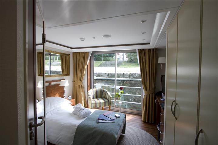 Panoramic Balcony Suite - Single