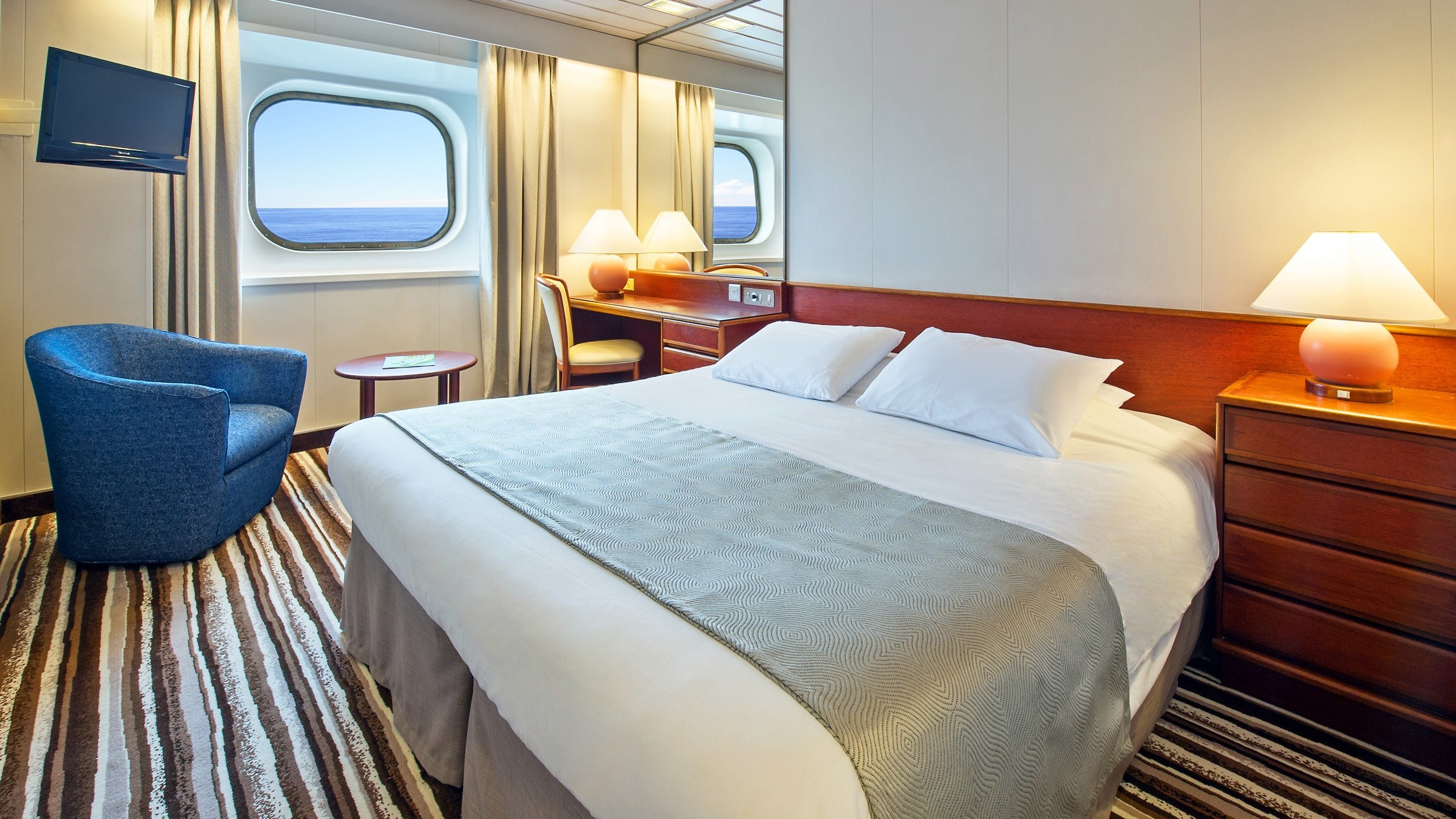 Rooms Review: Great Deals On Cruises With
