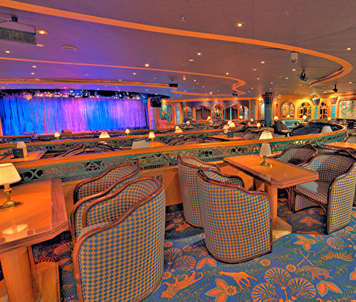 Explorers Lounge, Golden Princess