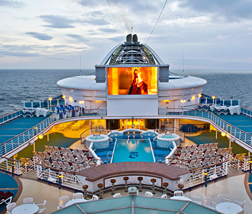 Movies Under the Stars, Golden Princess