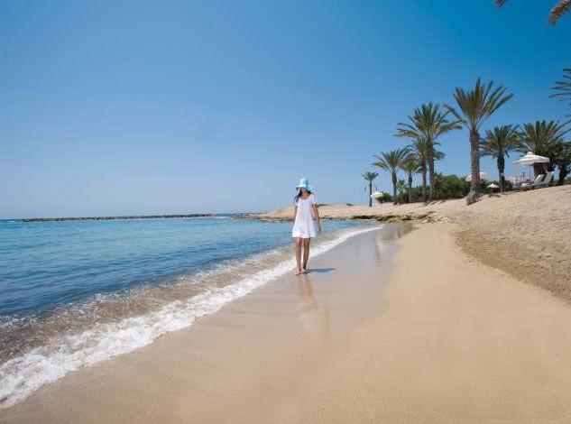 Tranquil Paphos beach