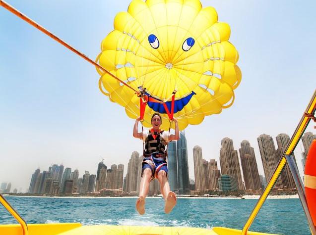 Paragliding off Jumeirah beach