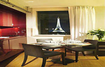 Adagio Paris Tour Eiffel