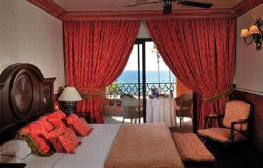 Europe Villa Cortes Hotel