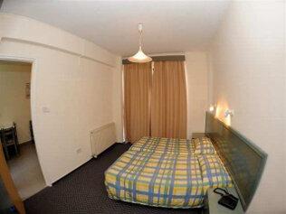 Nicholas Hotel Apartments