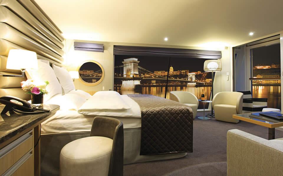 Scenic Panorama Suite