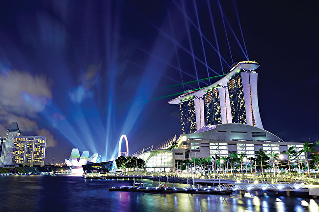 Authentic Asia Stay & Cruise