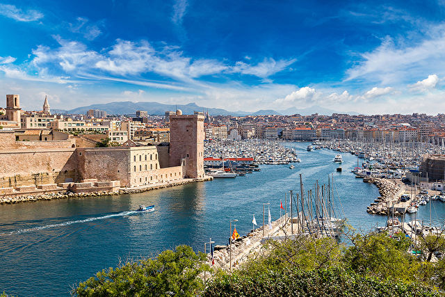 Discover Genoa Cruise & Stay