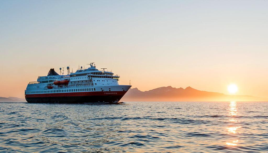 Hurtigruten Cruise