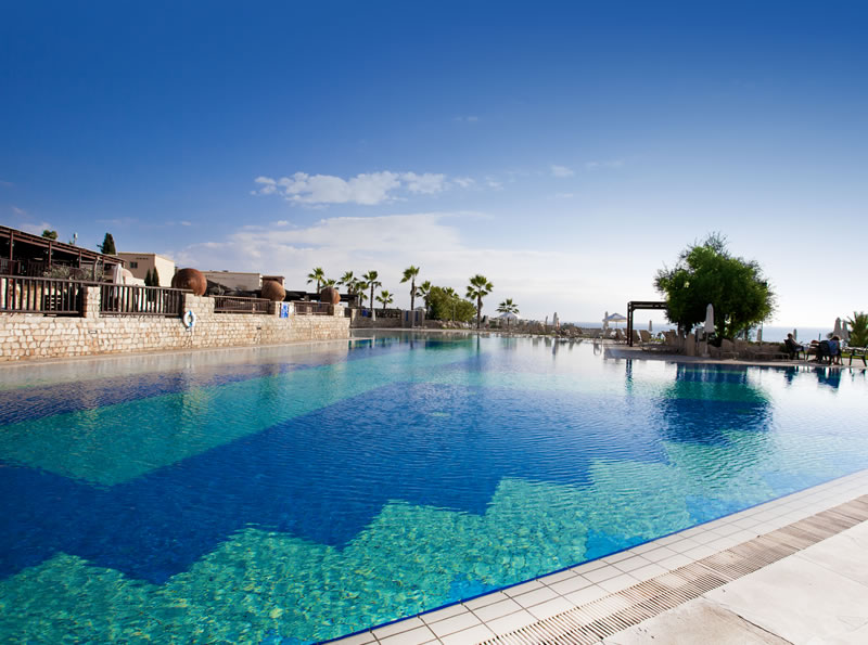 paphos chat rooms Aliathon holiday village in paphos, cyprus, with with restaurants, conference,  sports, leisure, wedding, children facilities and spa, make your accommodation.